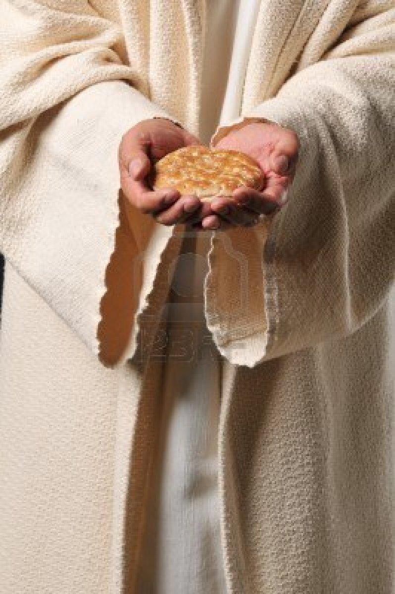 Resultados da Pesquisa de imagens do Google para http://us.123rf.com/400wm/400/400/carlosphotos/carlosphotos1010/carlosphotos101000741/8037892-jesus-holding-a-bread-as-a-symbol-of-bread-of-life.jpg