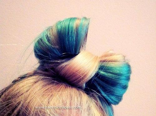 Lynn's Blonde and Turquoise Hair – Hair Colors Ideas