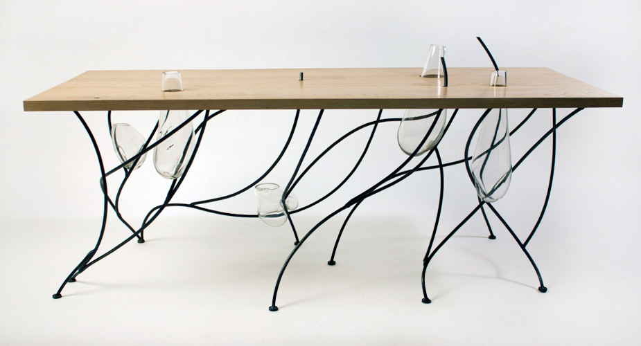 http://mocoloco.com/fresh2/upload/2011/11/sweep_table_by_lucas_martin/sweep_table_lucas_martin_2b.jpg