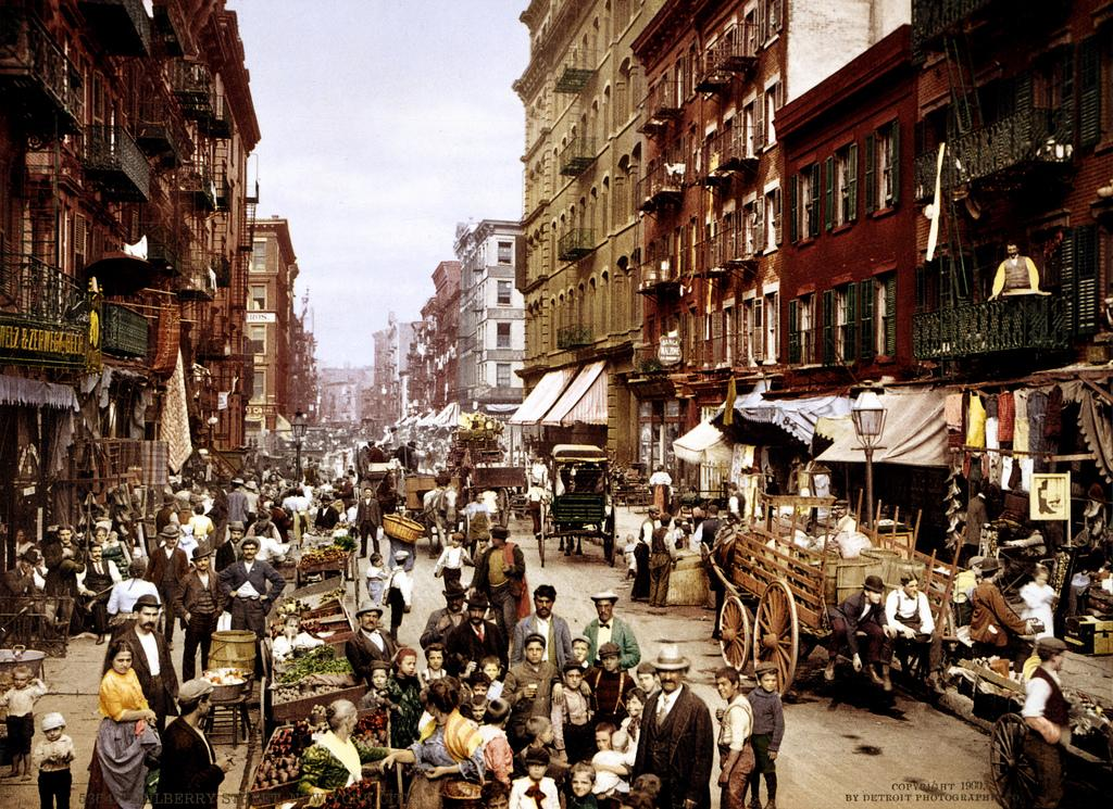 Mulberry Street market, Little Italy, New York City, 1900 | Flickr - Photo Sharing!