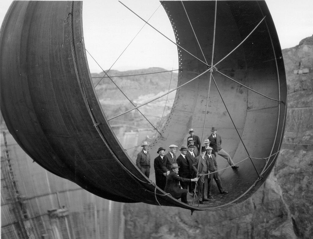 Hoover Dam, Penstock being moved into place 1931 - 36 | Flickr - Photo Sharing!