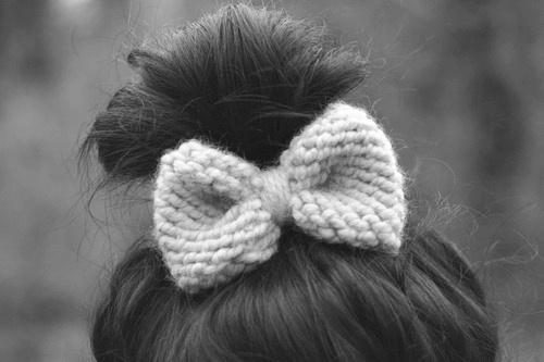 black-and-white-bow-cute-hair-Favim.com-434778.jpg (500×333)