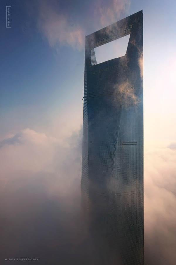 The Skywalkers of Shanghai