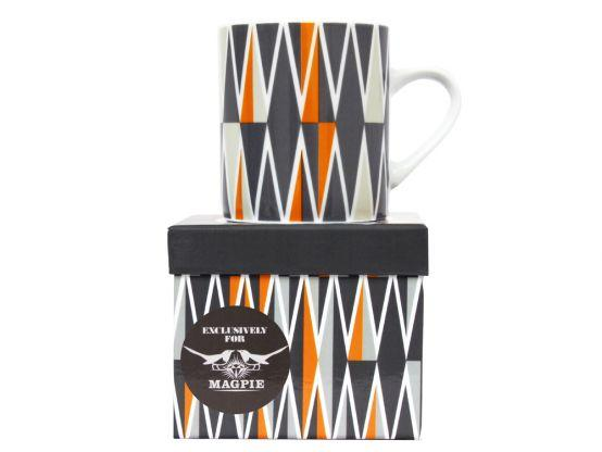 Backgammon Zig Zag Mug by Magpie