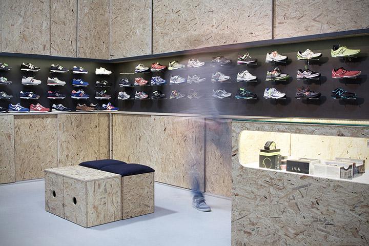 SHOE STORES! Sportguru OSB shop by minimalstudio architects, Warsaw » Retail Design Blog