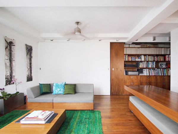 Creative and Flexible Apartment Coping with the Frenzy of New York City   Freshome