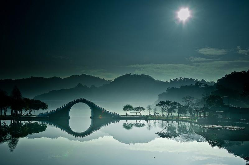 Moon Bridge in Taipei - 9 Wows