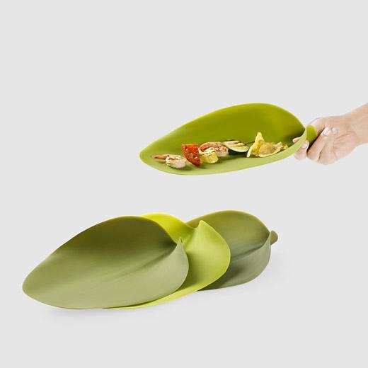 Seasons | Nao Tamura's Silicone Leaf Plates | Spoon & Tamago