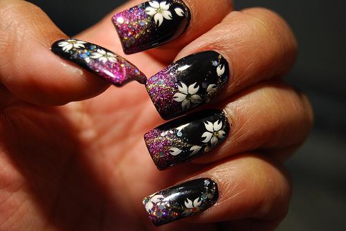 cool black nail art - StyleCraze