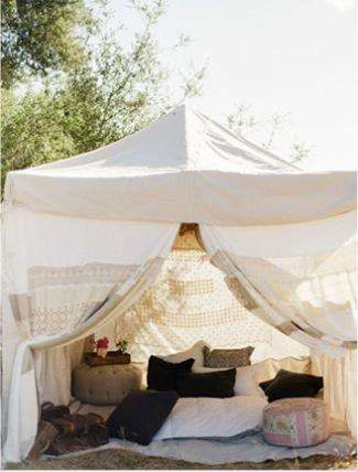 "Trend Alert! ""Glamping"" Inspired Weddings 