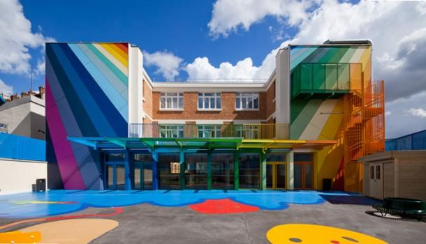 Art and Architecture combine to create a kindergarten Ecole Maternelle Pajol - Paris
