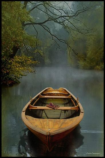 Travel / Lake