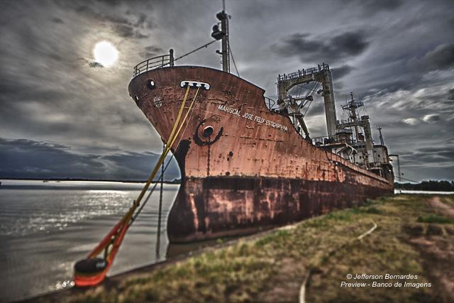 Navio Fantasma (Ghost Ship) « .: Blog da Preview – Banco de Imagens :.