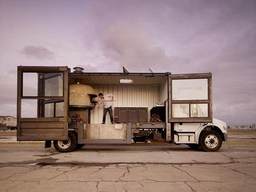 BL^CK HE^RT | del popolo: mobile pizzeria