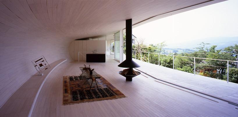 shigeru ban architects: crescent house