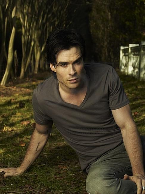 Upí?í deníky | The Vampire Diaries » Ian v The People Magazine