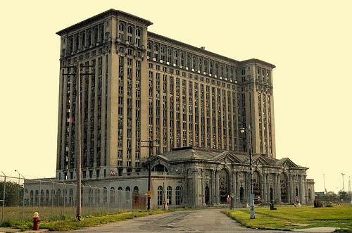 Detroit and ruin porn   The District and The D