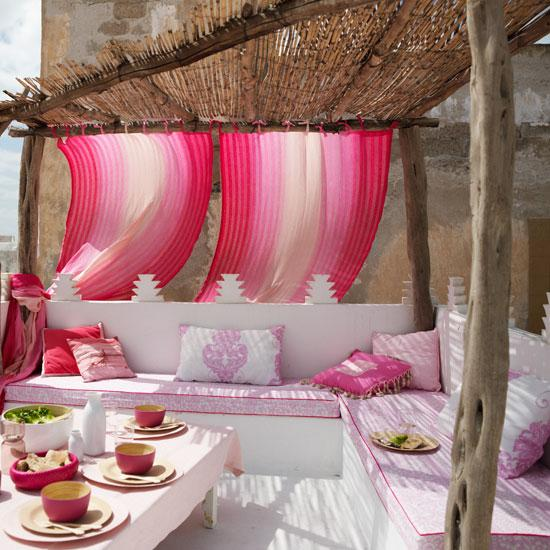 Ada and Darcy: Colour outdoor inspiration...