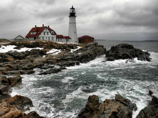 Castles and Lighthouses aka dream homes ;) / Ahhhh all I need is a yellow rain coat!