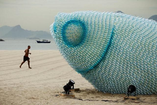 Giant Fish Sculptures Made from Discarded Plastic Bottles in Rio | Colossal