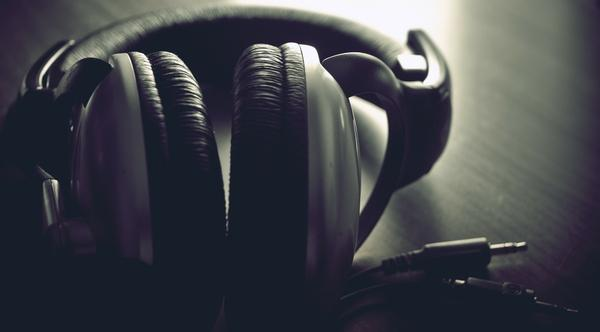 headphones,music headphones music sound 1950x1080 wallpaper – Music Wallpapers – Free Desktop Wallpapers