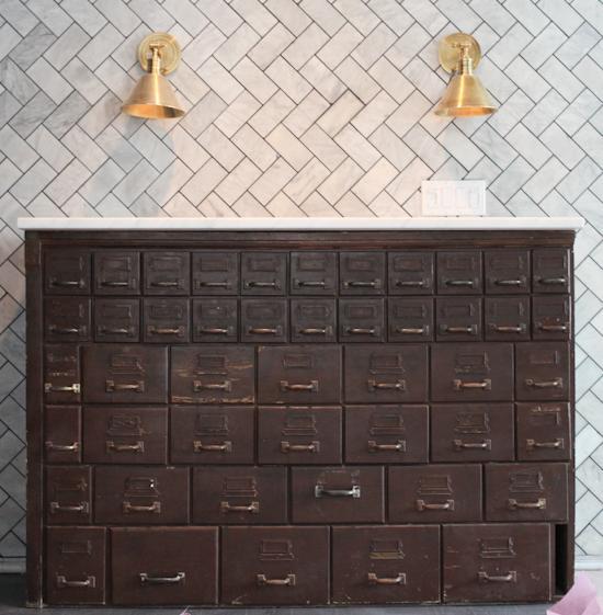 reclaimed-cabinet-wellbuilt-company-nyc.jpg (JPEG Image, 550×561 pixels)