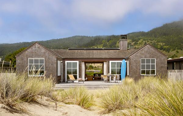 Stinson Beach House by ScavulloDesign | 2Modern Blog