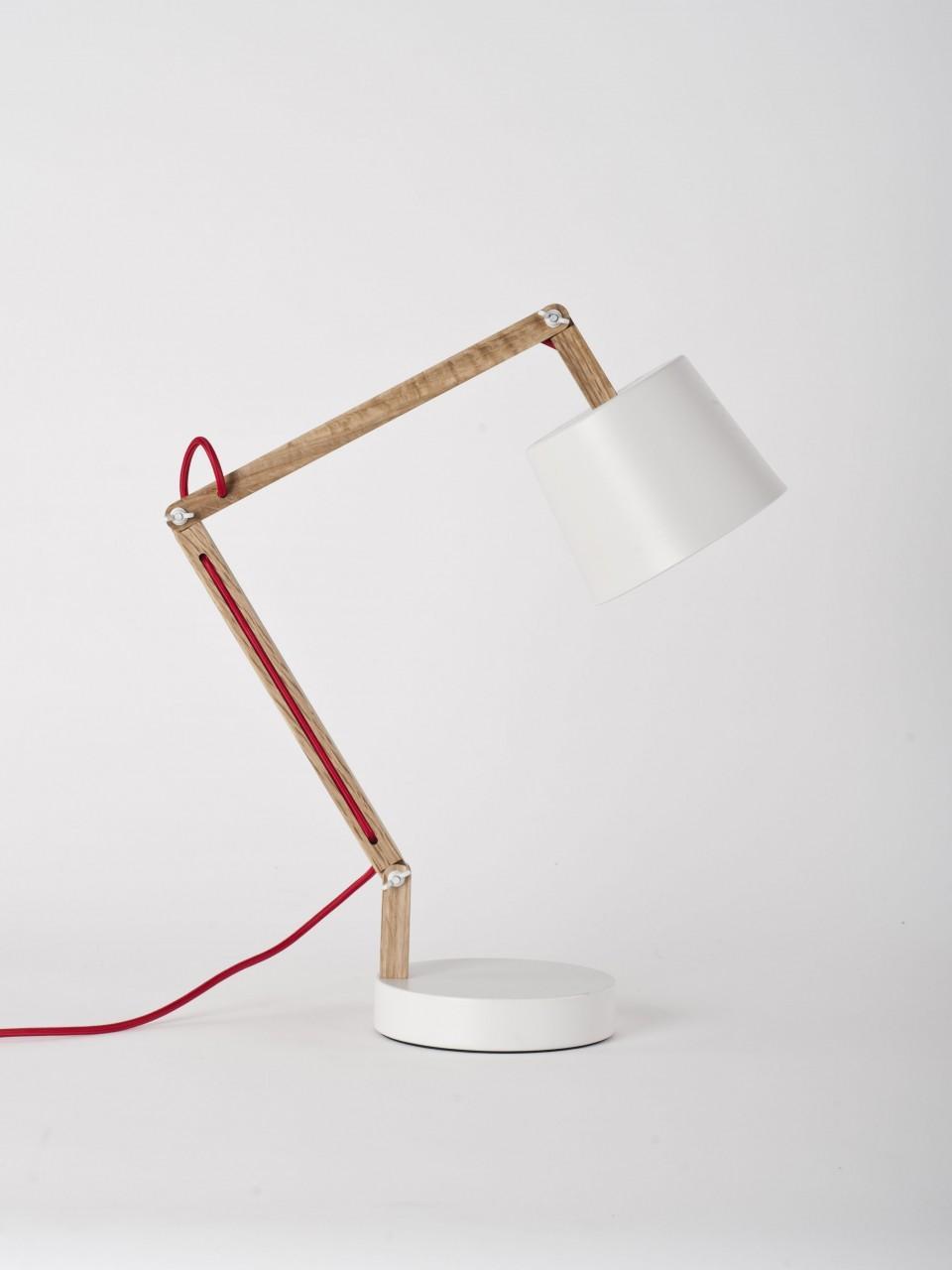 White Angle Table Lamp 2.0 - Douglas + Bec