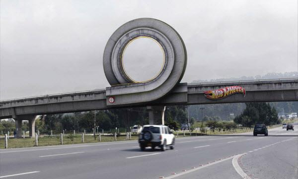 best-ads-hot-wheels.jpeg (600×362)