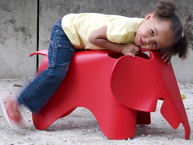 Fancy - Eames Elephant Chair