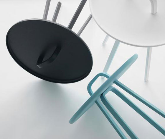 'Tor' side table by Lambie & Van Hengel for Montis @ Dailytonic