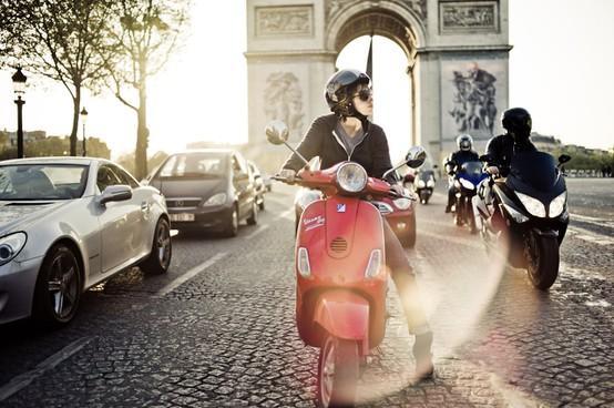 Paris / ...