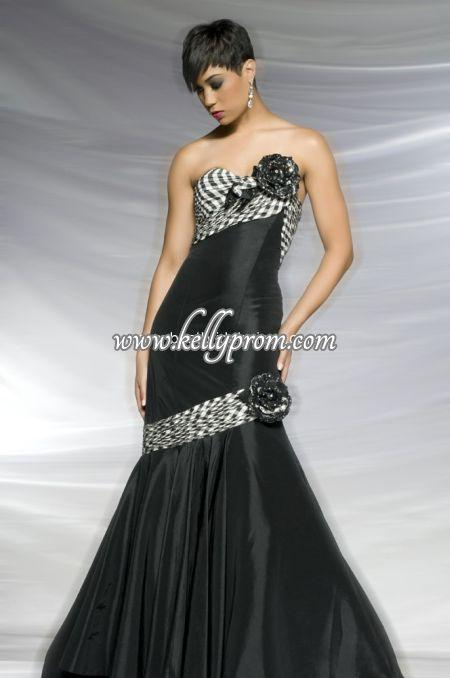 Discount Antonio Castelli Prom Dresses - Style 42245H - $243.24