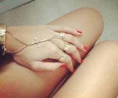 Images, photos and videos tagged with jewelry