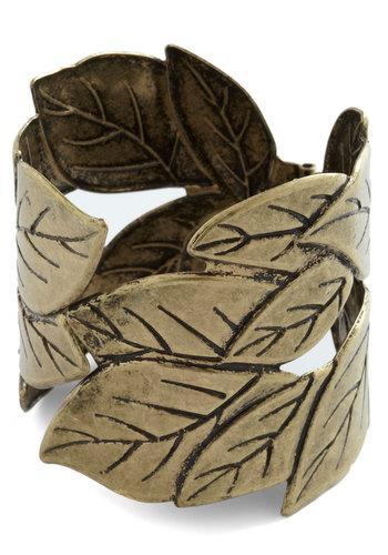 Fall for Foliage Bracelet | Mod Retro Vintage Bracelets | ModCloth.com