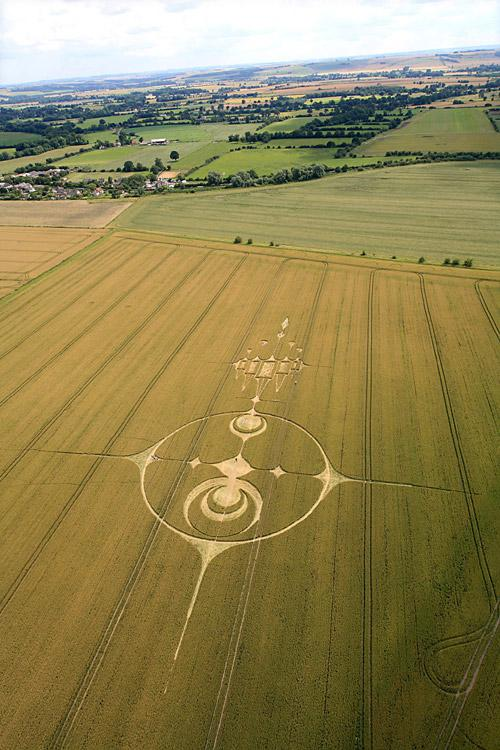 Crop Circle at Stanton St Bernard (PHASE 3), nr Alton Barnes, Wiltshire. Reported 20th July   2012.
