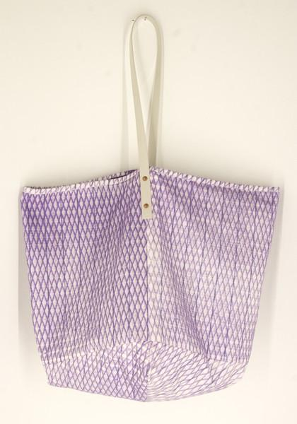 Salvor Projects - Bebetan Bag /Diamond plate/ purple on white