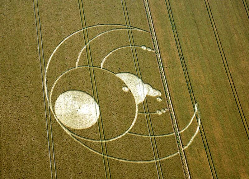 Crop Circle at Oliver's Castle, nr Devizes, Wiltshire. Reported 26th July   2012.