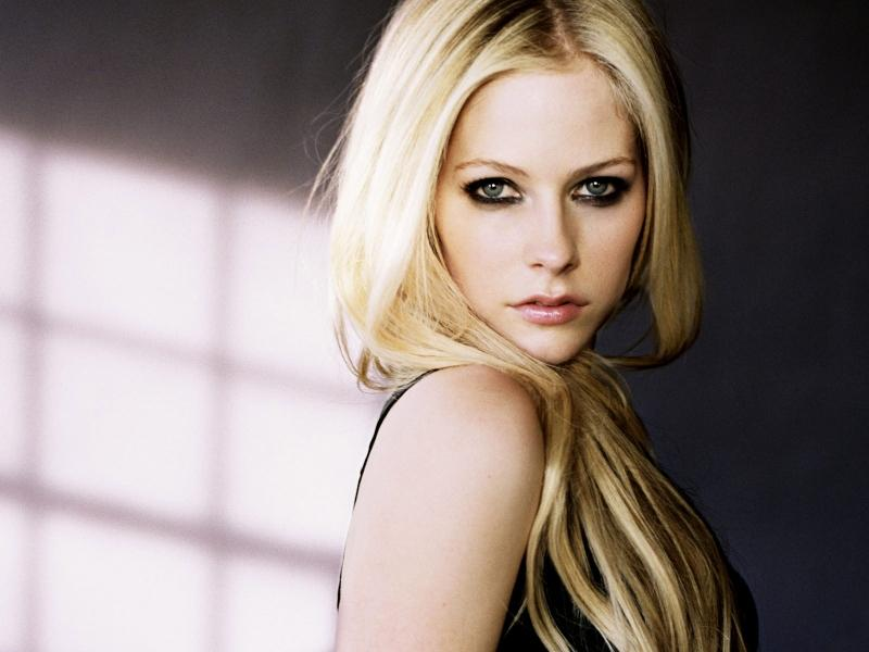 blondes,women blondes women avril lavigne 1600x1200 wallpaper – blondes,women blondes women avril lavigne 1600x1200 wallpaper – Avril Lavigne Wallpaper – Desktop Wallpaper