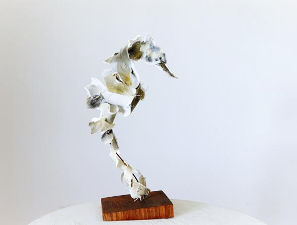 Anna-Wili Highfield's Paper Sculpture | Trendland: Fashion Blog & Trend Magazine