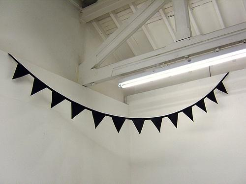 DIY OR DIE / black bunting