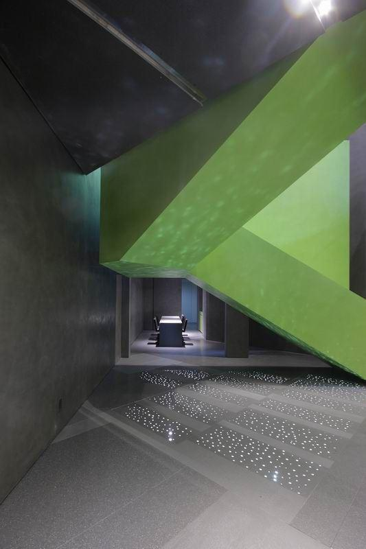 View full picture gallery of Stone Italiana Showroom Milano