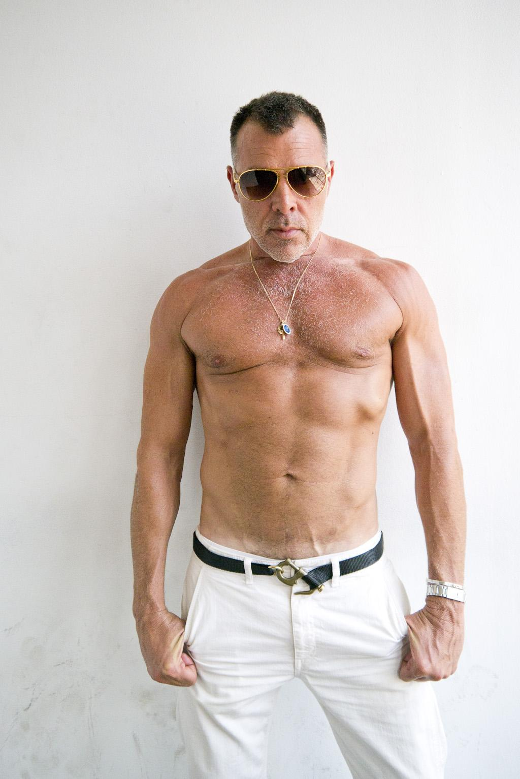 Nick Wooster - Belted. terrysdiary: Gorgeous George Cortina!
