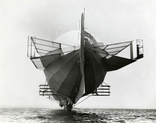 Zeppelin LZ-4 on Lake Constance, 1908 | Retronaut