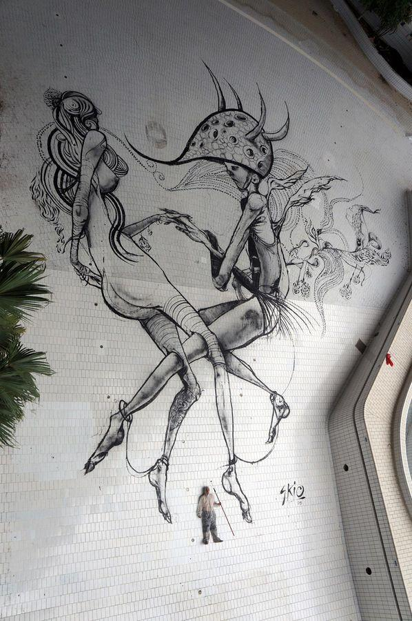 Street Art : Painting on the ground by Skio for