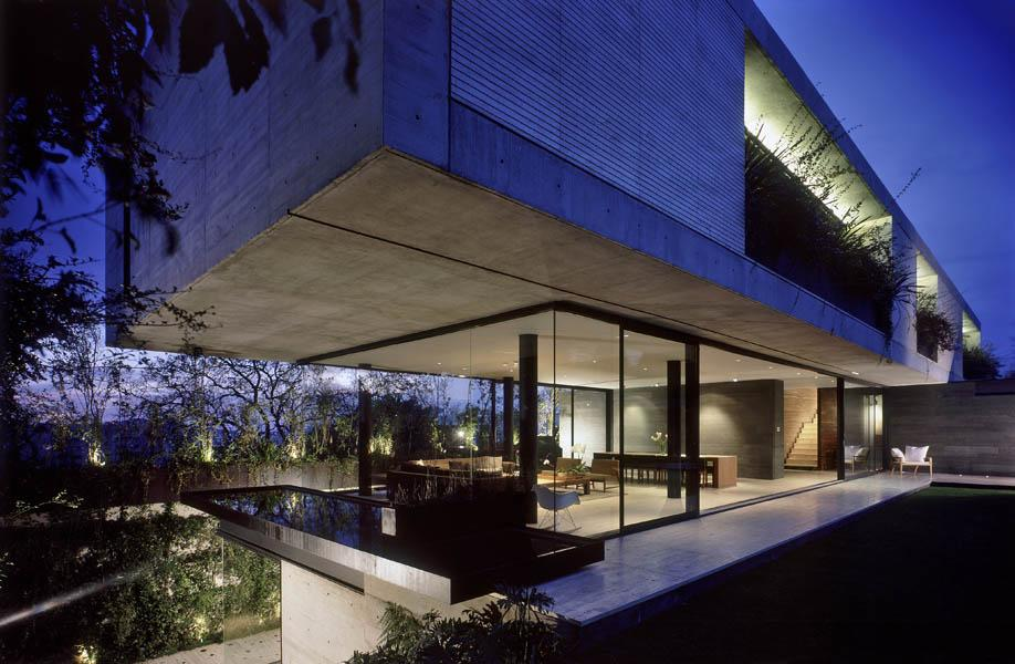House La Punta by Central de Arquitectura in Bosques de las Lomas, México