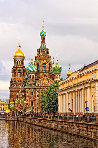 Must go / St. Petersburg, Russia.