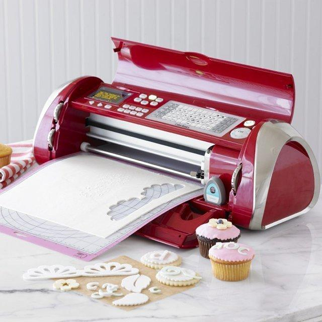Cricut Cake Decorating Machine | Fancy Crave