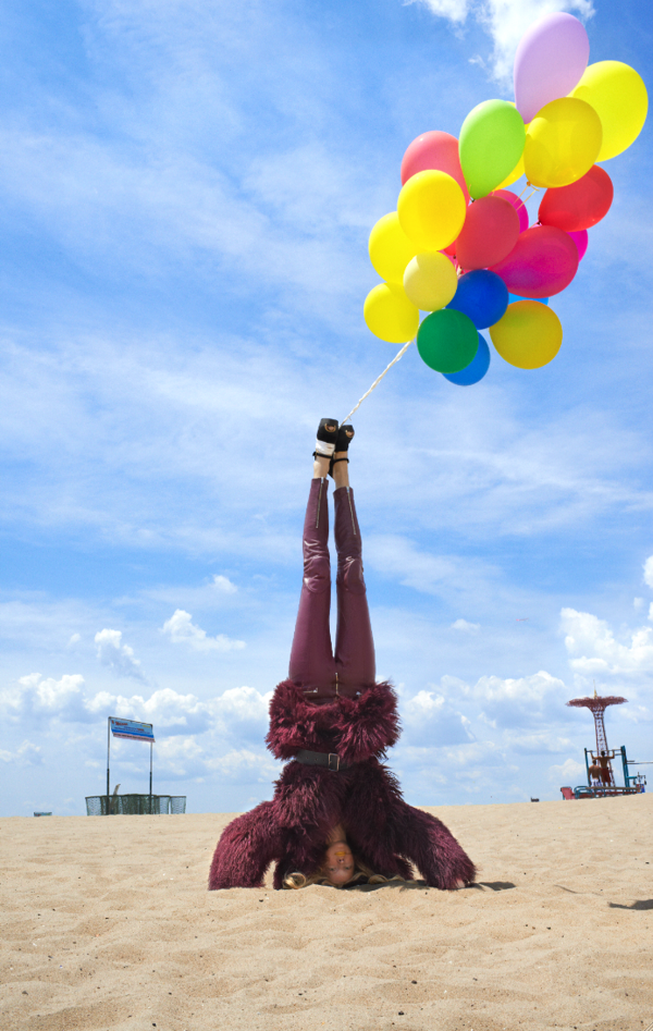 Head Stands with Hartje Andresen
