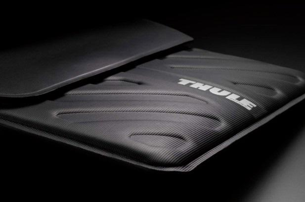 THULE MAC-AIR SLEEVE by Ryan Lee at Coroflot.com